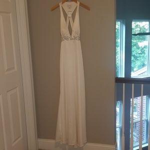 NWT Jessica Simpson white gown